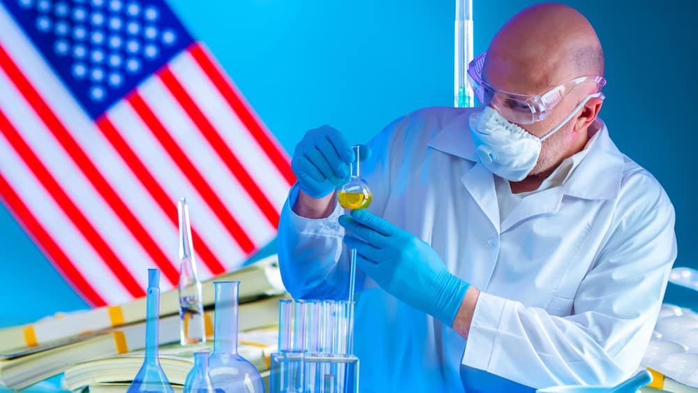 Investimento em pesquisas pelos EUA apresenta resultados impressionantes, como o estudo STAR, com mulheres menopausadas.