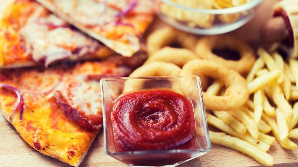 fast food. obesidade nos eua é causada também pela alimentação rica em carboidratos