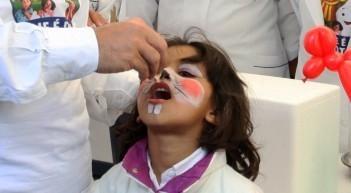 Erradicação da poliomielite | Artigo