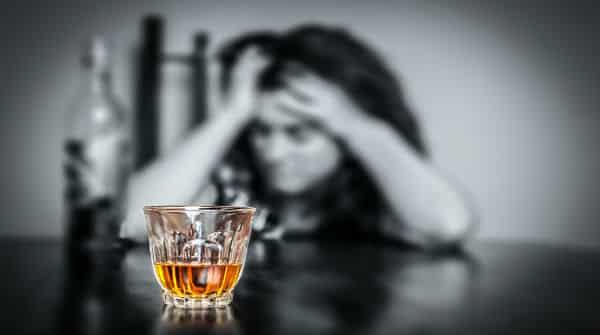 Fases de evolução do alcoolismo | Artigo