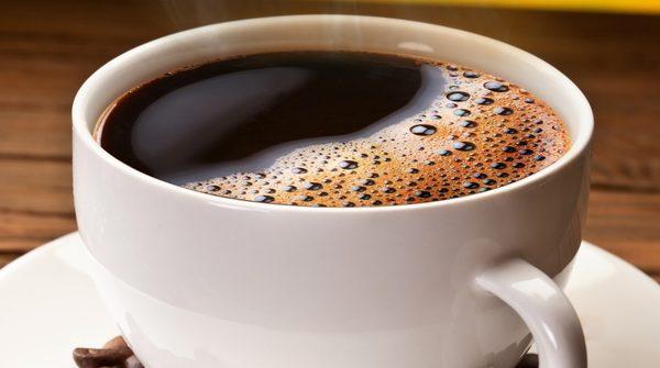 cafeína fígado