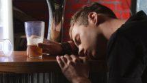 Alcoolismo na adolescência | Entrevista
