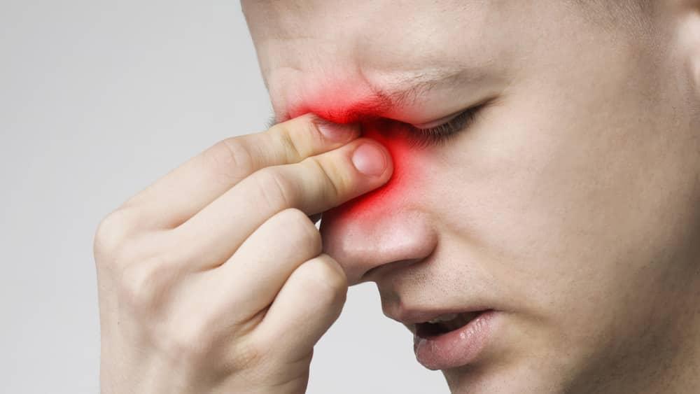 A adenoidite é a inflamação da adenoide, estrutura do sistema imunológico localizada atrás das cavidades nasais. Em geral, crianças são as mais afetadas pela infecção.