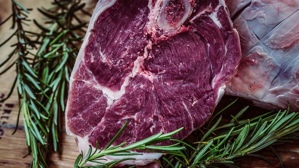 Pedaço de carne vermelha. veja quais os males da carne vermelha
