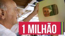 Thumbnail com dr. Drauzio olhando a placa de 1 milhão de inscritos no YouTube.
